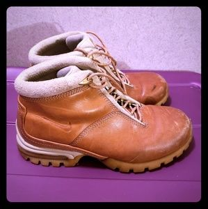 Nike Leather Boote
